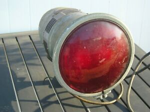 Vintage-Sterling-Sirenlite-Model-20-12-volt-for-Antique-Fire-Truck