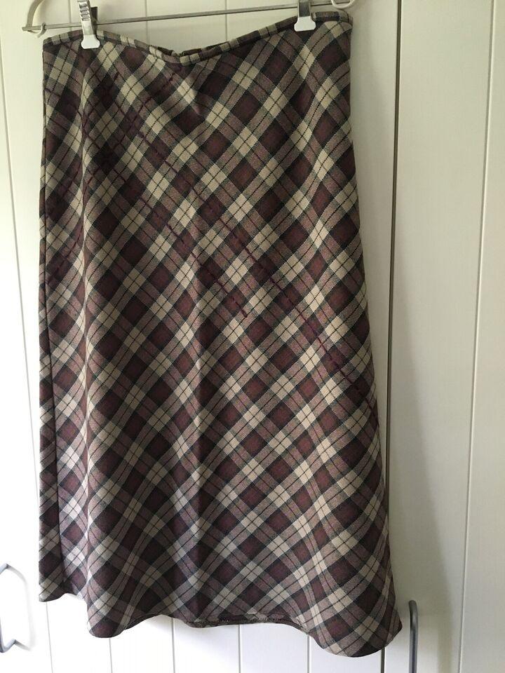 f6364b5e329 Ternet 3/4 lang nederdel, str. 40, – dba.dk – Køb og Salg af Nyt og ...