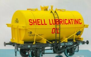 Dapol-O-Gauge-7F-059-008-14Ton-SWB-Class-B-Tanker-Wagon-039-Shell-Lubricating-Oil-039