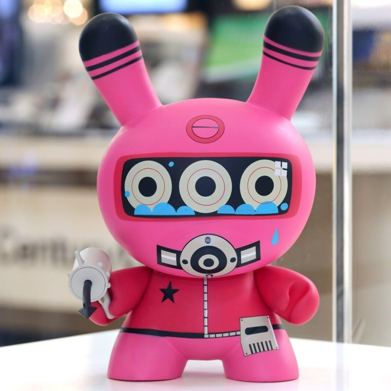 Dalek 8  Pink Diver Dunny Dunny Dunny e24ab9