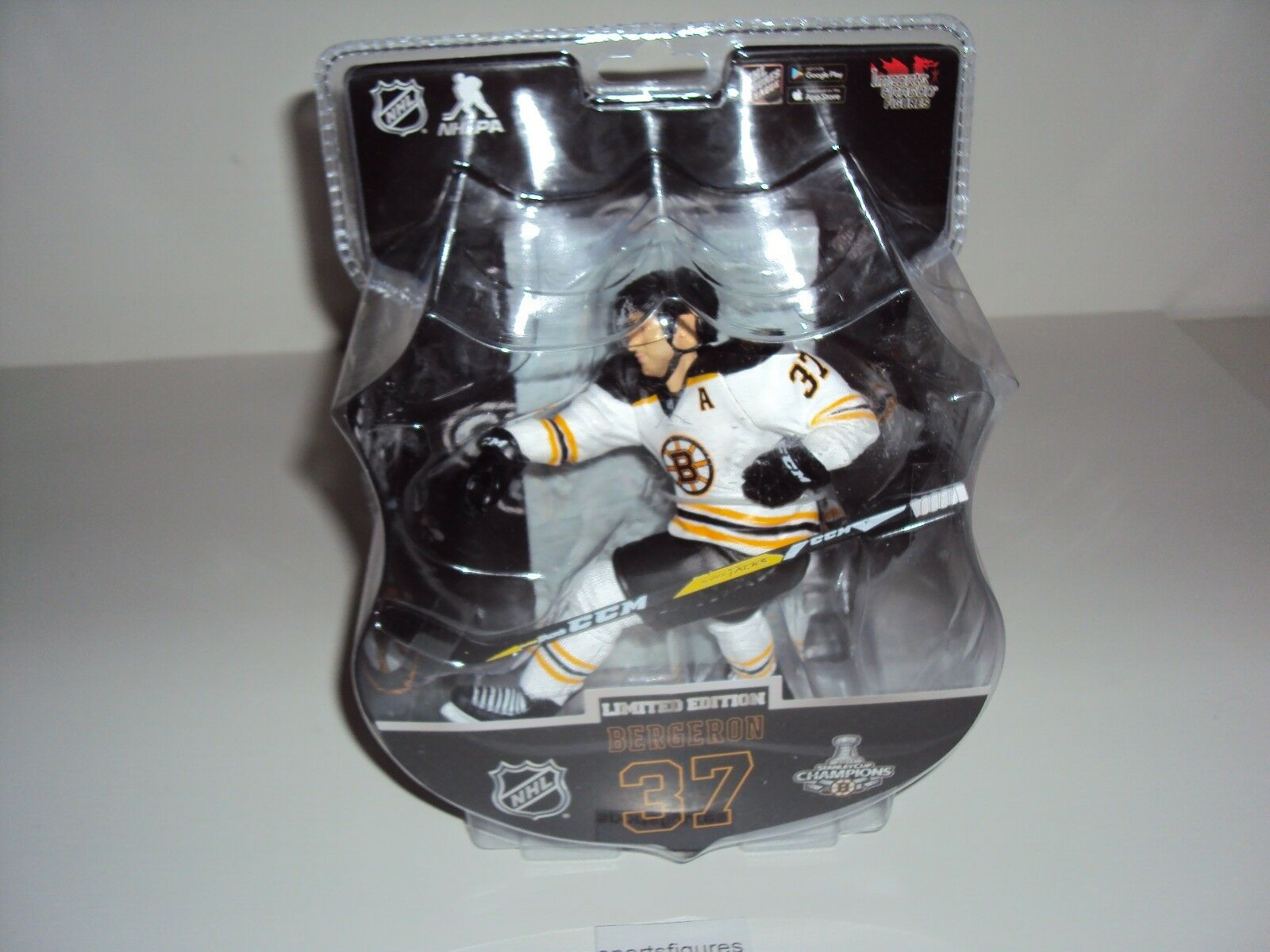 2017-18 NHL Imports Dragon 6  Patrice Patrice Patrice Bergeron  Boston Bruins LE Exclusive ad658c