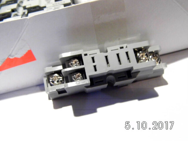IDEC Conn Relay Socket SKT 1 POS SH1B-05 BOX OF 20