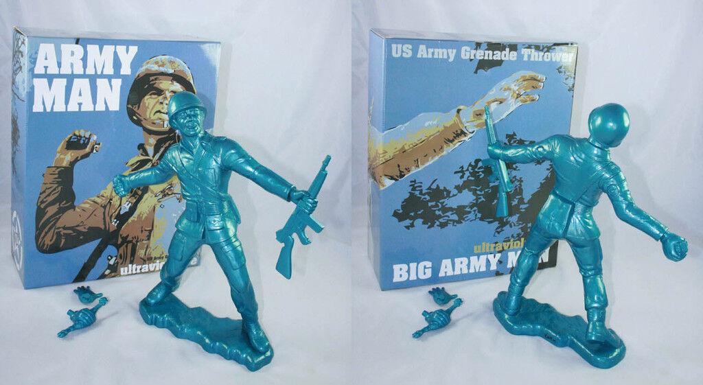 Frank Kozik SIGNED AUTOGRAPHED 17  bluee Big Army Man SUBBER LE 50 Ultraviolence