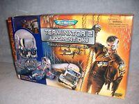 Terminator 2 Judgement Day Transforming Set Micro Machines T-1000 Endoskeleton