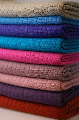Neotrims Gestrickter Kleidung Stoff,Einfarbig, Zick-Zack Muster,Hintergrund Foto