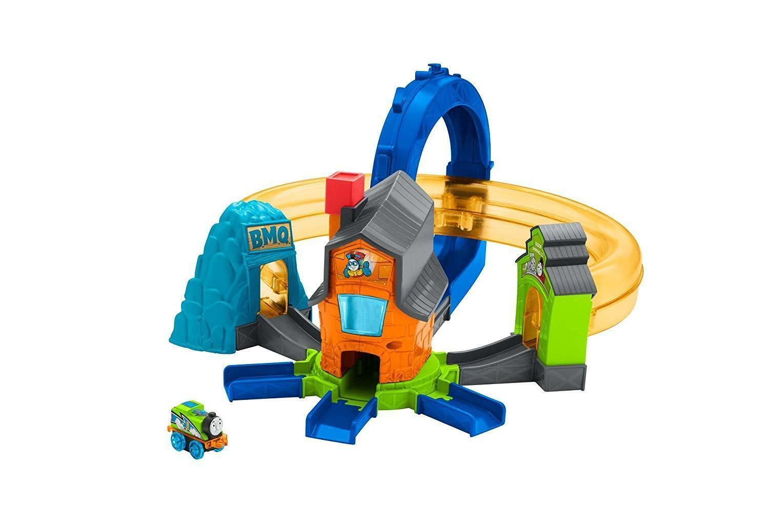 Thomas & Friends FJP36 Minis Boost N Blast Stunt Set, Thomas The Tank Engine