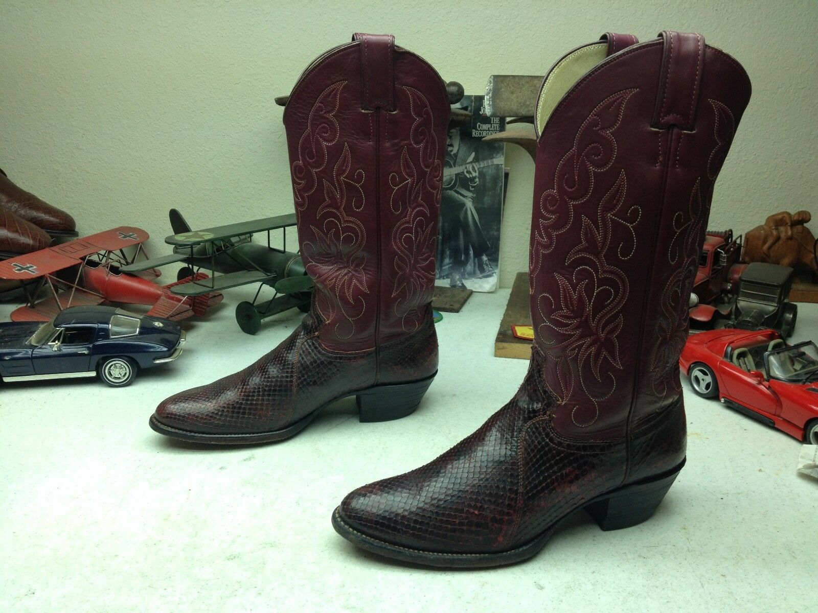 JUSTIN WINE SNAKESKIN USA DISTRESSED LEATHER WESTERN COWBOY DANCE RODEO BOOTS 8B