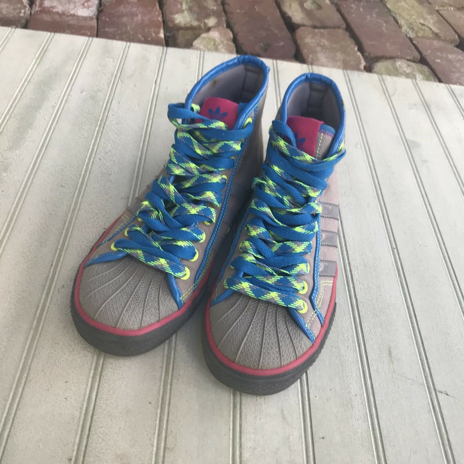 Adidas NZA Womens Size 7.5 Hightop Athletic shoes