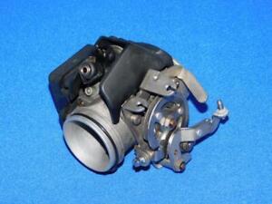 BMW-R-1100-RS-259-93-01-100-2-Drosselklappe-Einspritzung-links