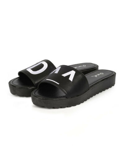 New Women Qupid Glenn-04 Leatherette Emoji Flatform Footbed Slipper Sandal