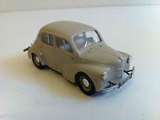 Renault 4 CV - Maquette montée 1/43