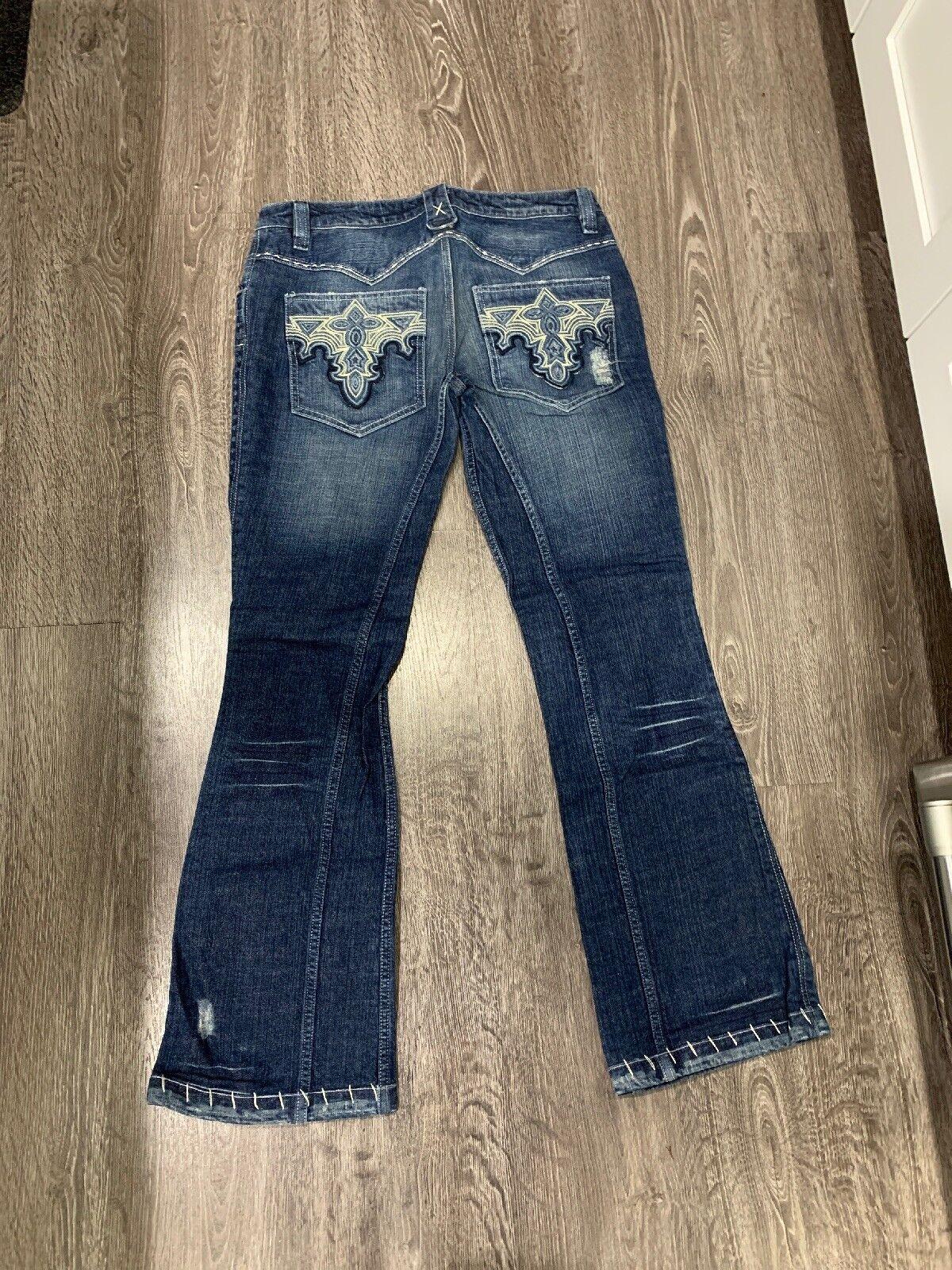 Antik Medium bluee Wash Jeans Embroidery Women Size 32 EUC