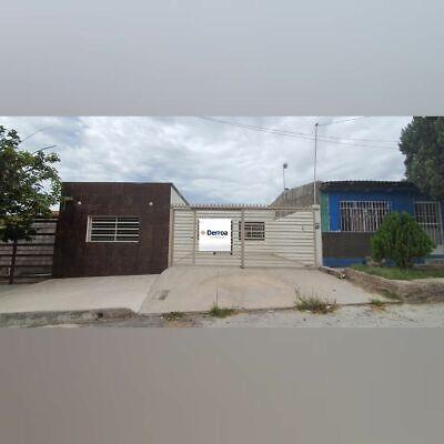 Bonita casa en colonia La Junta