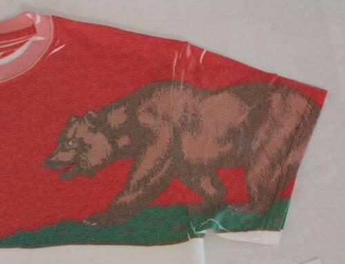 NEW Gildan Dry Blend Mens T Shirt Size Medium Top California Grizzly Bear Crew N