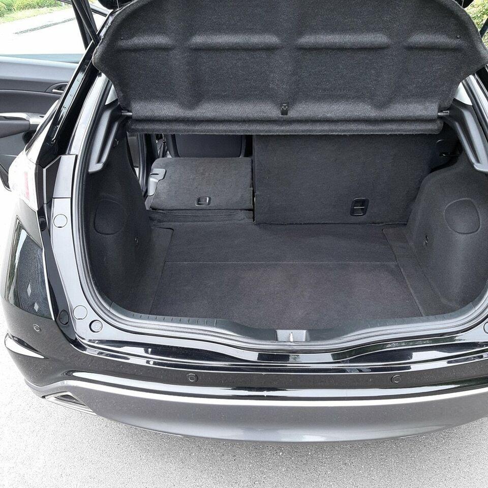 Honda Civic 1,8 Sport aut. Benzin aut. Automatgear modelår