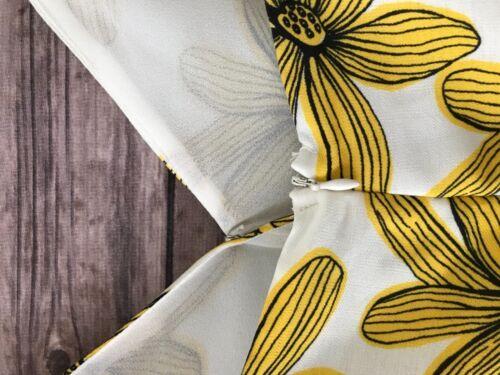NEW Women/'s Plus Size Renn Sleeveless Floral Print Romper White Yellow size 2X