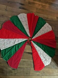 Vintage Christmas Tree Skirt Quilted Country Scalloped Edge Country Calico Wow Ebay