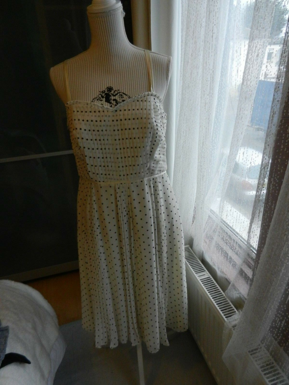 Stunning Monsoon Ivory spotty dress  size 14