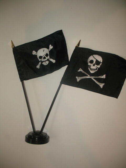 "Skull and Crossbones w// JR Eye Patch Pirate Skull Flag 4/""x6/"" Desk Set Gold Base"