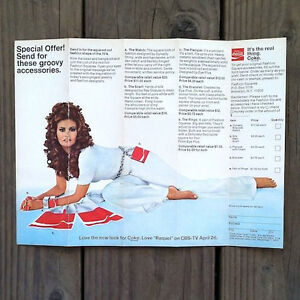 Original-RAQUEL-WELCH-1970s-COCA-COLA-Coke-Advertisement-FASHION-SQUARES-NOS