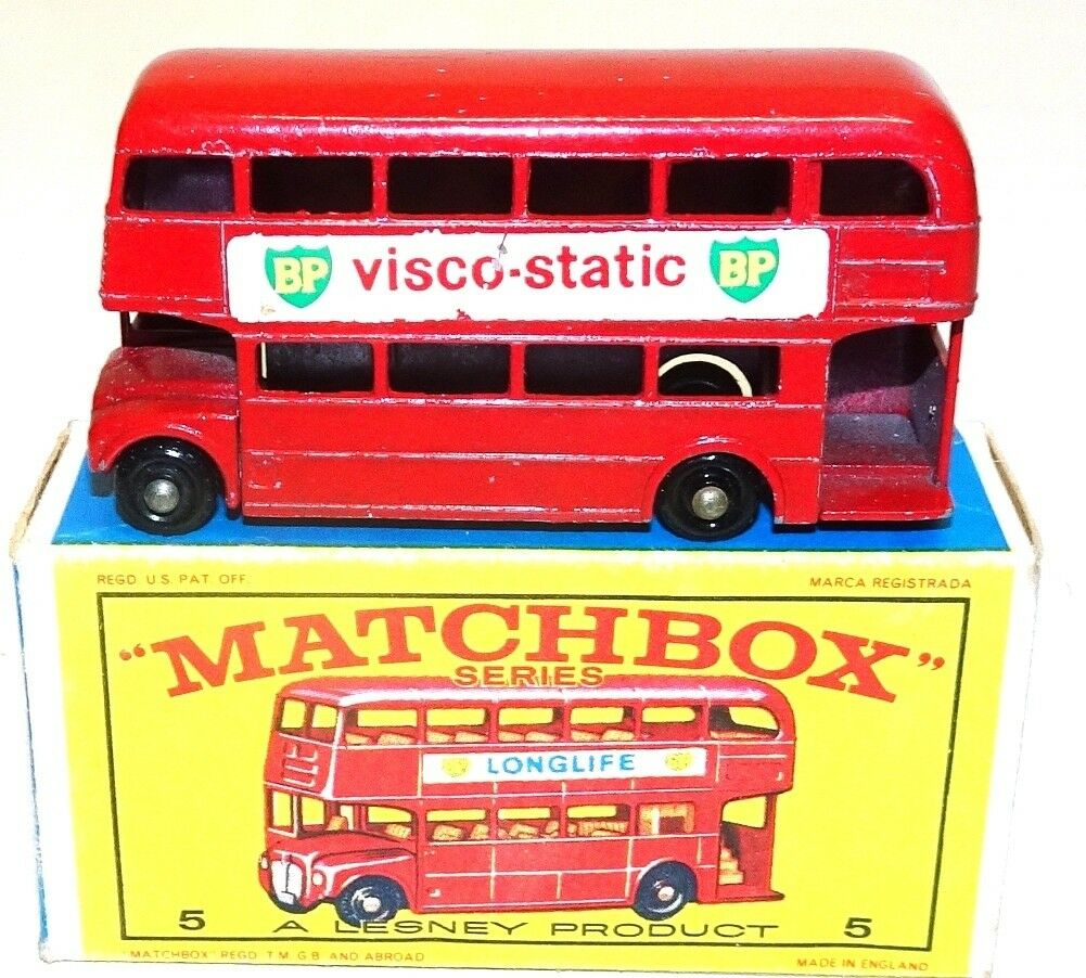 LESNEY MATCHBOX NO. 5C LONDON BUS 'BP' - NEAR MINT AND BOXED - L2