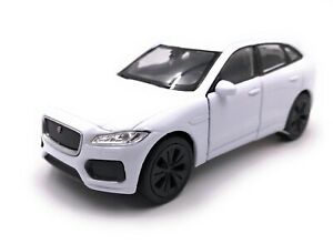 Model-Car-Jaguar-F-Pace-SUV-White-Car-Scale-1-3-4-39-Licensed