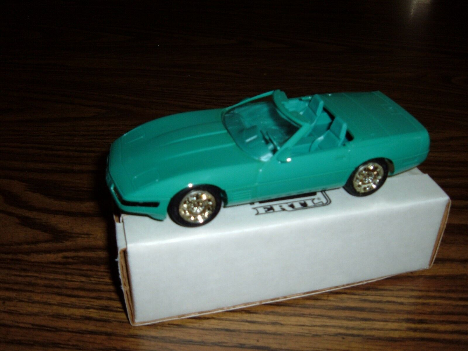 1991 Chevrolet Corvette Convertible Turquoise Metallic AMT