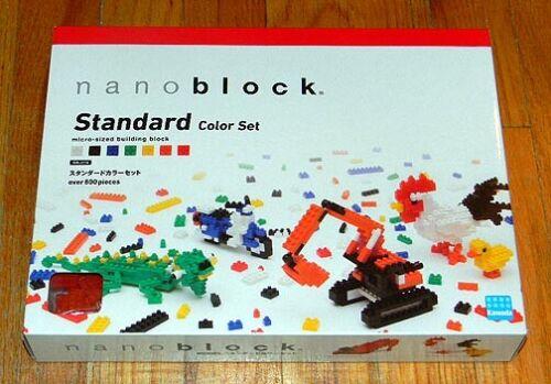 Novo E Lacrado ~ Nanoblock ~ Tamanho Micro Blocos de construção ~ Conjunto de cor padrão