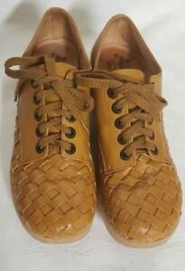 EUC vtg 70s FAMOLARE Get There Brown