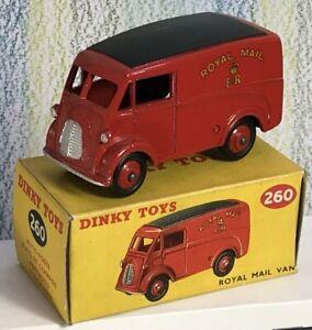 Dinky Toys # 260, Royal Mail Van J2, état neuf, dans un excellent coffret