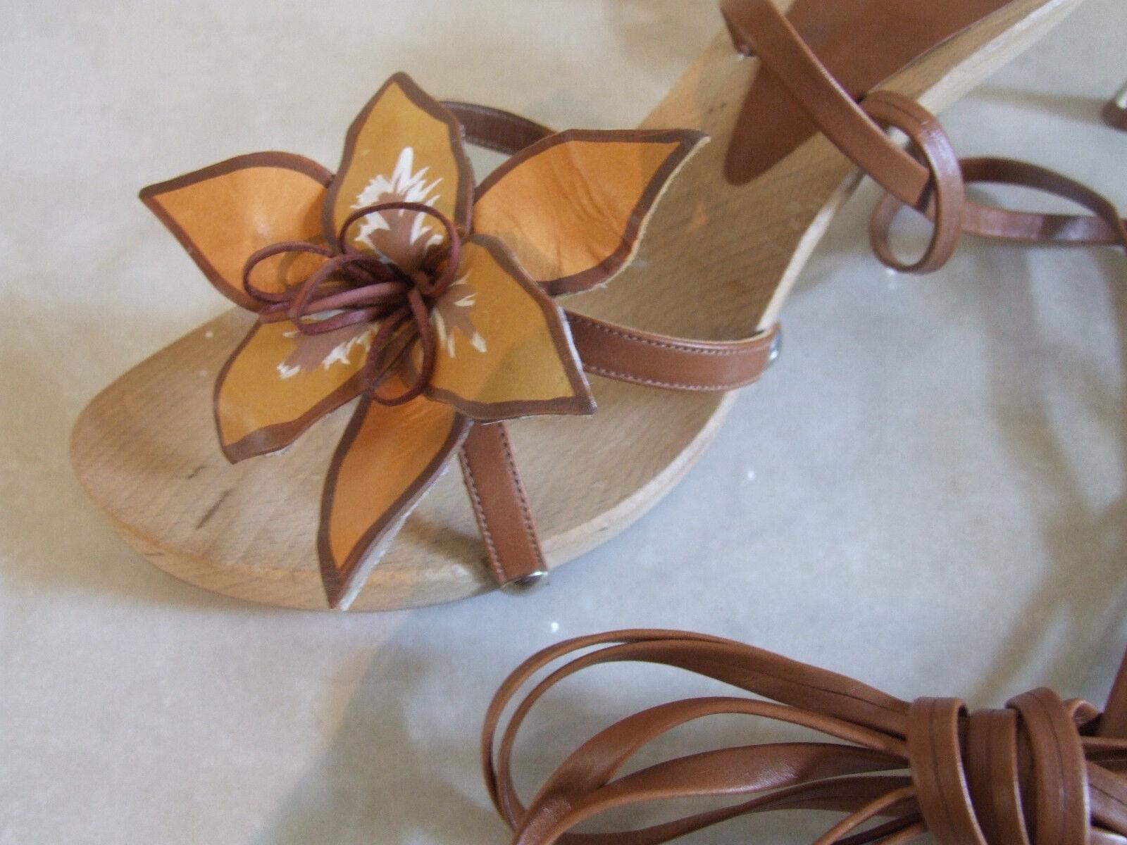 Stunning Enchanting Leder Flower Lace Up Gold Kitten Heel Enchanting Stunning Wooden Sandales EU 41 6a999e