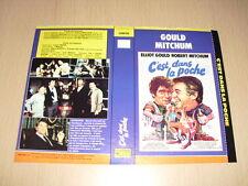 JAQUETTE VHS C'est dans la poche, Matilda Elliott Gould Robert Mitchum