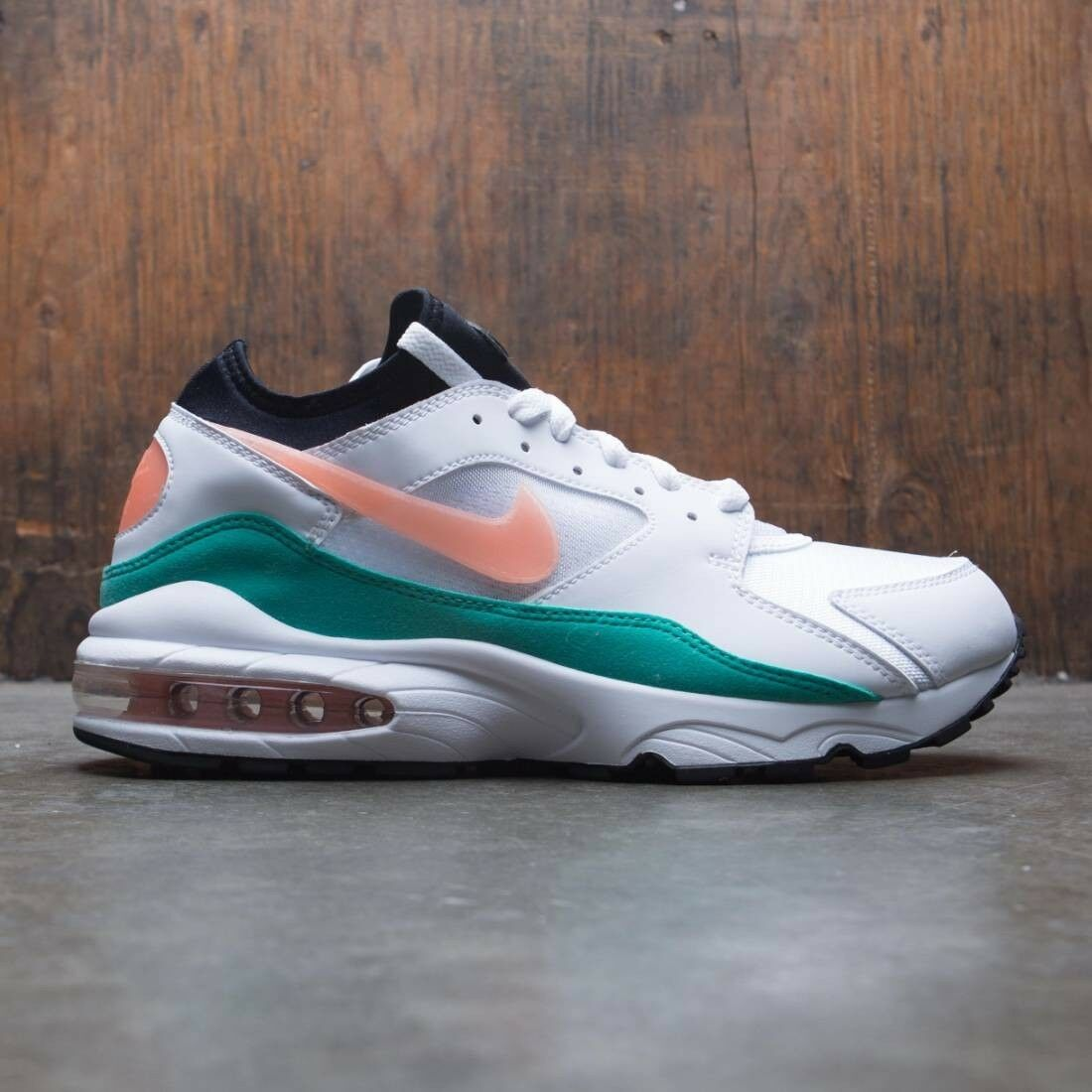 2018 Nike Air Max 93 Retro Watermelon Size 9.5. 306551-105 1 90 95 97