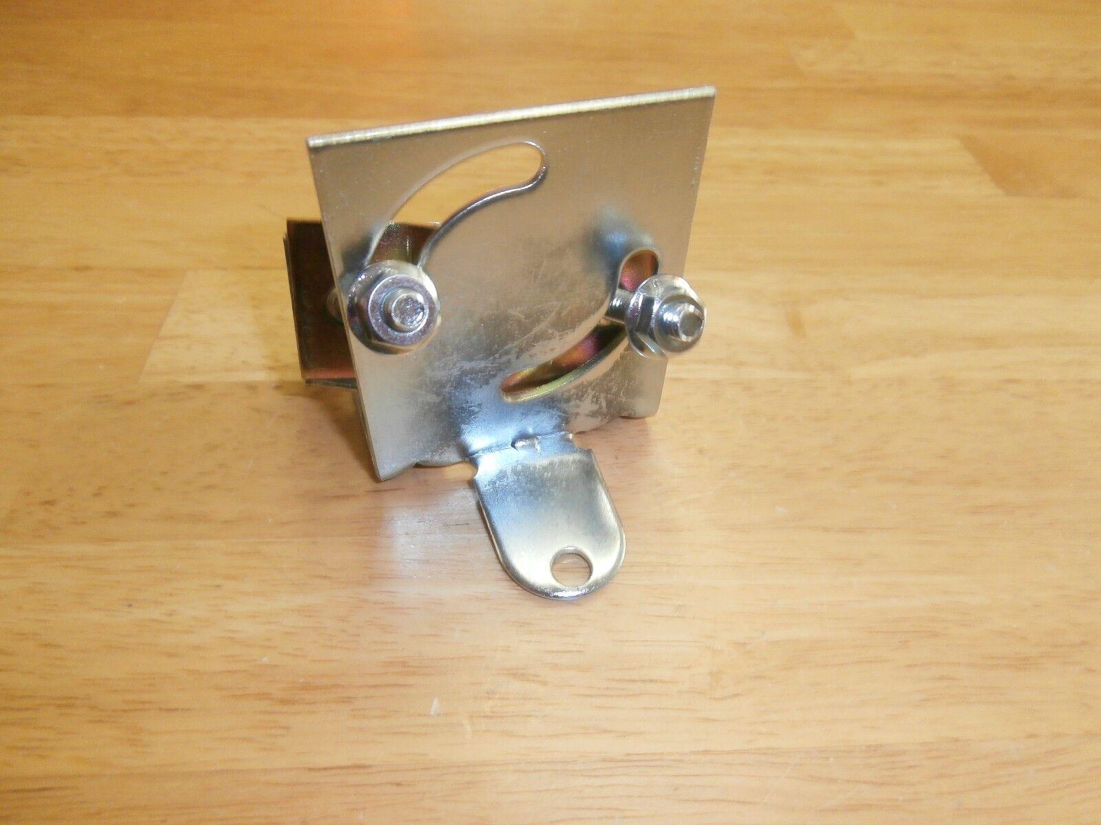 GC ELECTRONICS 8800-U WALDOM HANDY MOUNT ANTENNA MAST CLAMP BRACKET
