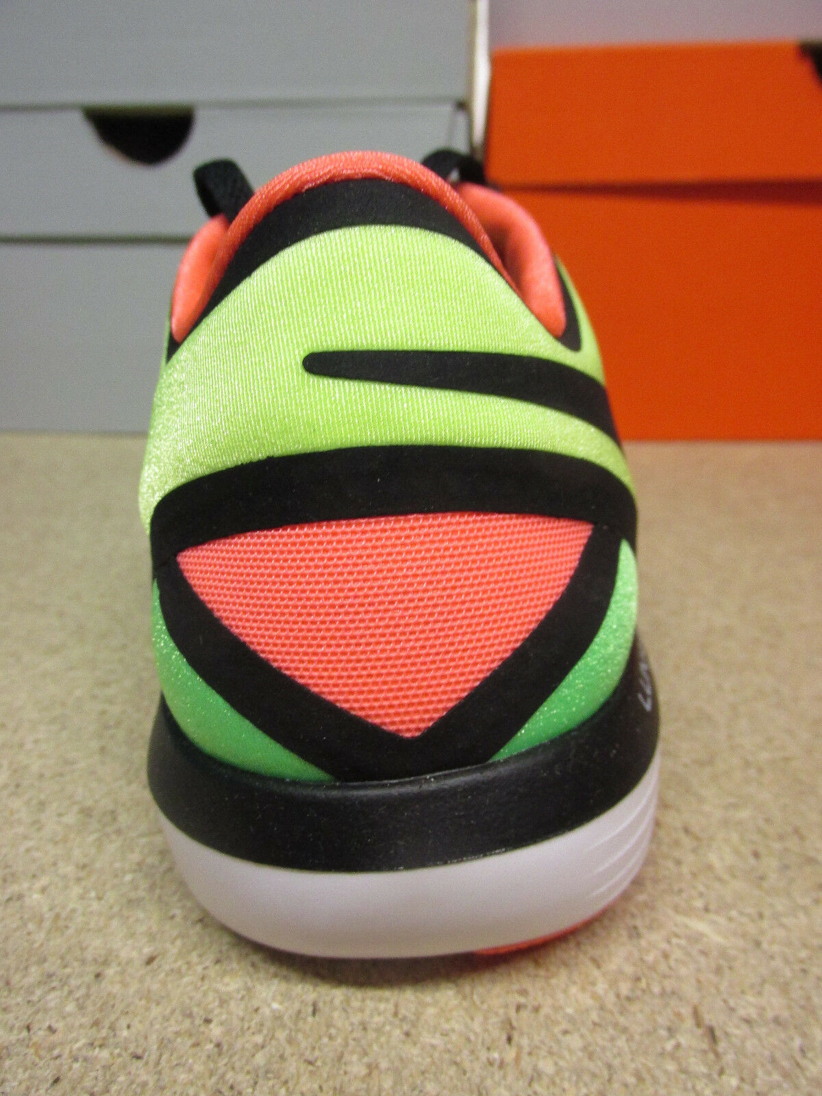 Femmes Nike Lunar Lunar Lunar Sculpt baskets chaussures de course des formateurs 818062 300 31158a
