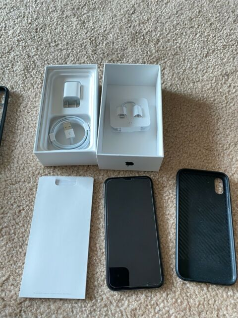 iPhone X 64 GB with original box space gray excellent condition Tmobile