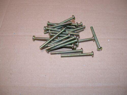 No.8 x 32 UNC Pan Head Pozidrive Screws Bag of 25 Approx 40mm long