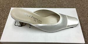 Marfil Blanco Roto Satén dama de novia de la boda zapato estilo Conrad