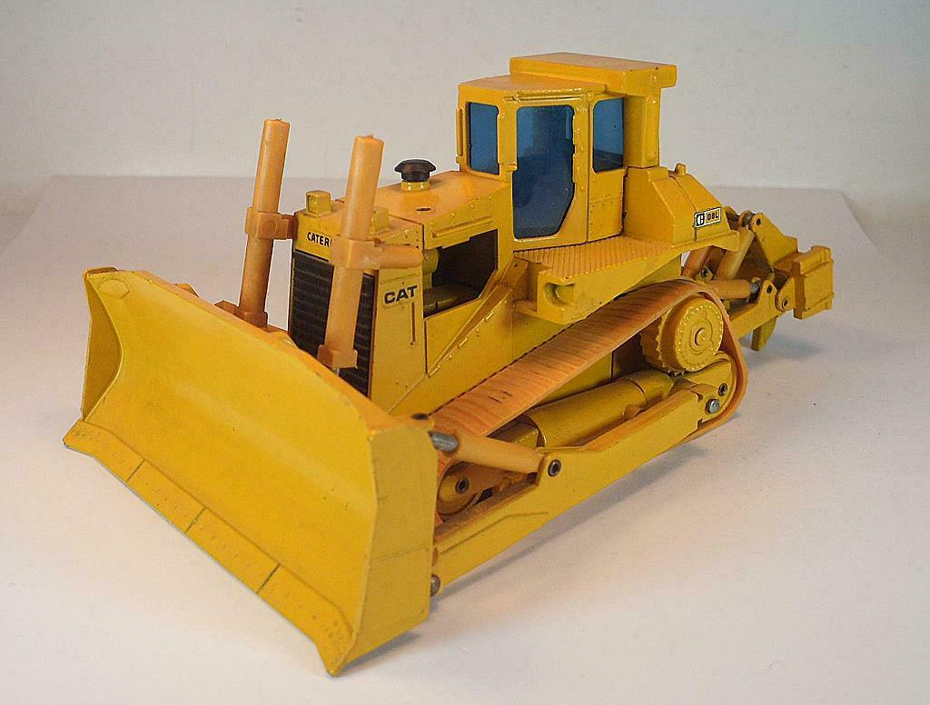 NZG 1 50 nº 233 Caterpillar CAT d8l bulldozer  1316
