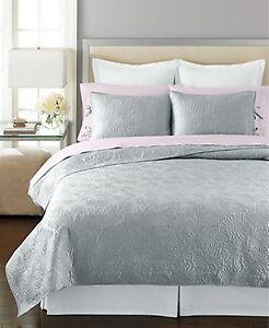 Martha Stewart Carved Dahlia Full Queen Quilt Comforter