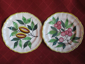 vintage continental majolica style hand painted plates - <span itemprop=availableAtOrFrom>Taunton, United Kingdom</span> - vintage continental majolica style hand painted plates - Taunton, United Kingdom
