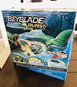 BEYBLADE-BURST-EVOLUTION-SHADOW-SNAKE-PIT-BATTLE-SET-SWITCH-STRIKE-NEW-2018
