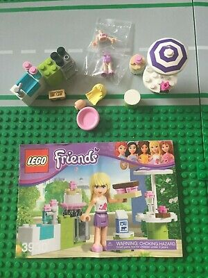 "Lego 3930 Friends /""Stephanie/'s Outdoor Bakery/""   Complete Retired Set w// Manual"