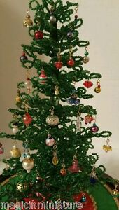 25-Miniature-Tiny-mixed-ornaments-for-Westrim-Beaded-Christmas-tree