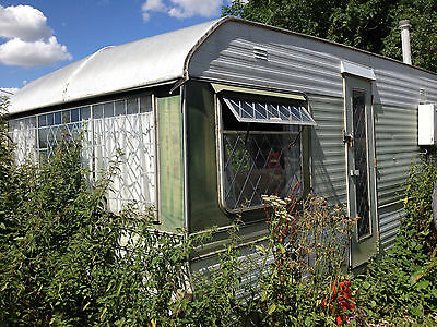 2 x well loved/derelict static caravans for sale