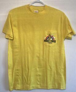 vtg-Vintage-90s-Florida-Sailboat-Ocean-Horizon-Yellow-Pocket-T-Shirt-USA-Medium