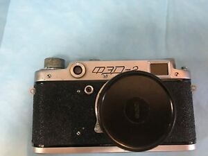 FED-2-RUSSIAN-CAMERA-IN-CASE-WITH-LENS-CAP-1955-gc