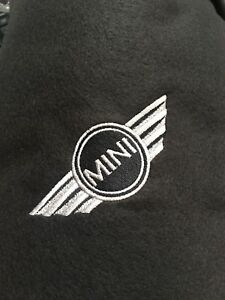 Fleece-Blanket-With-Embroidered-Mini-Style-Logo