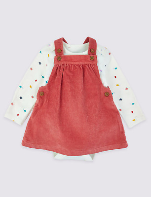 BNWT M/&S BABY GIRLS OUTFIT PINAFORE AND TOP AGE 6-9 MONTHS