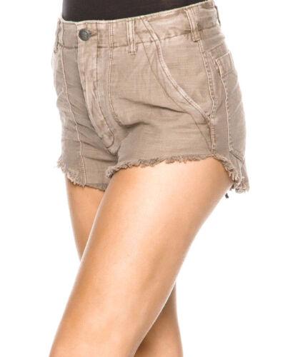 con Persone grezzo a orlo contrasto jeans Ob585949 sfrangiato libere di Pantaloncini ppR4X